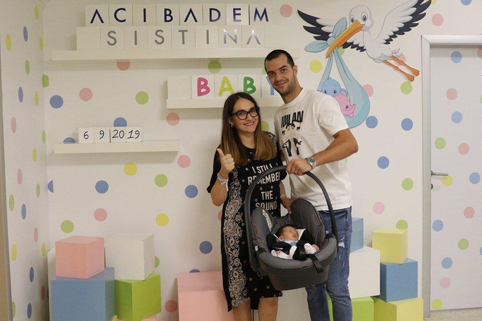 Фудбалерот Пандев стана татко