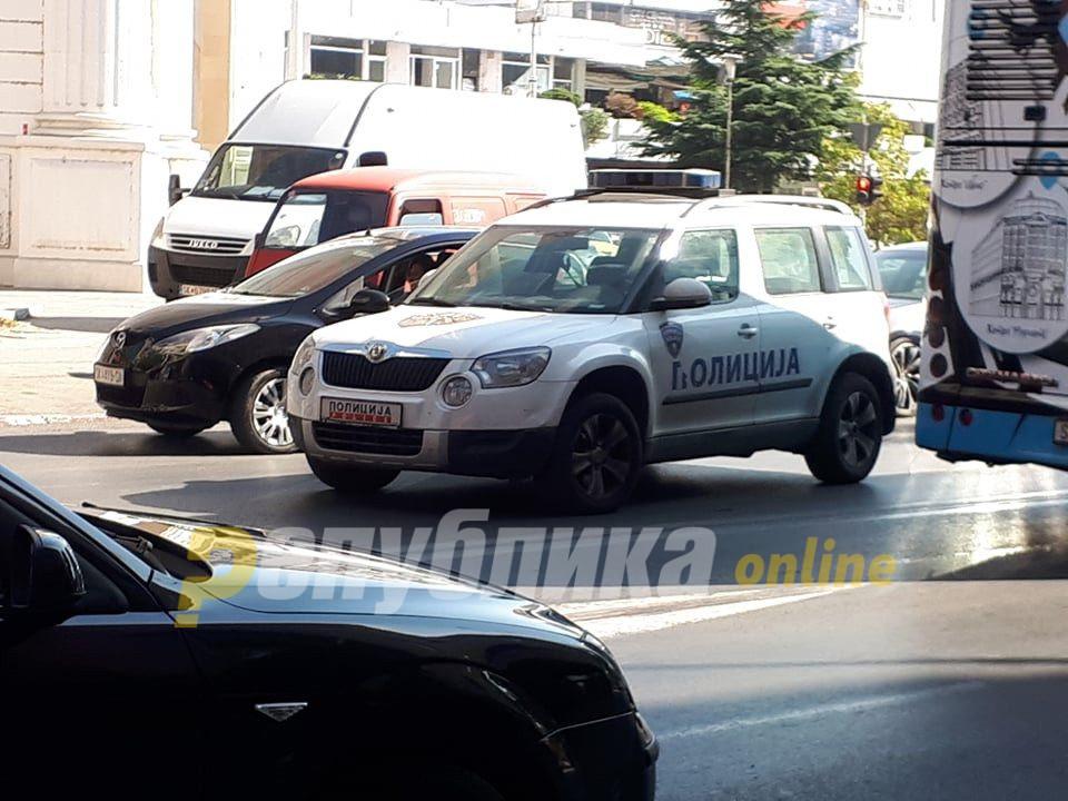 Седум сообраќајки во Скопје, тешко повреден патник во автобус