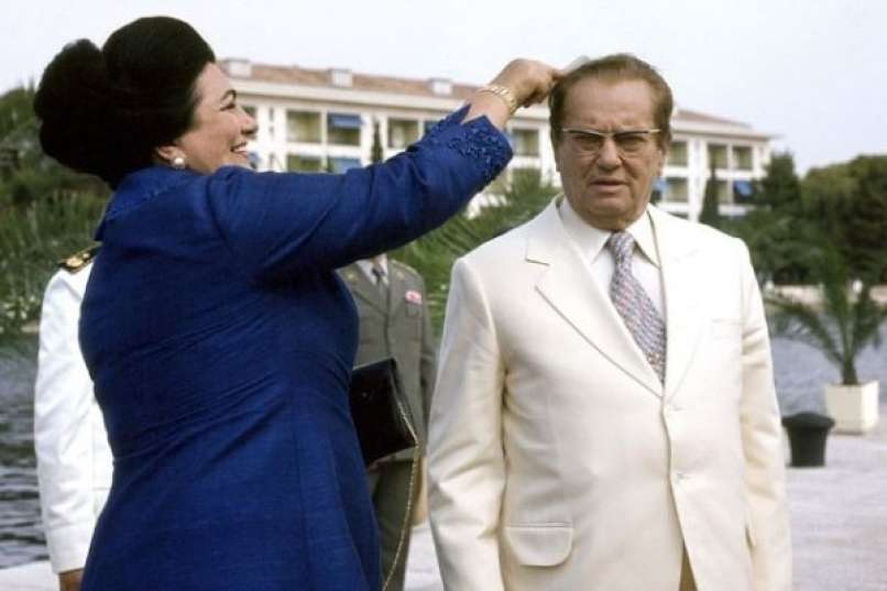 Скандал за кој сите молчеле: Тито ѝ удрил шлаканица на Јованка поради масерката!