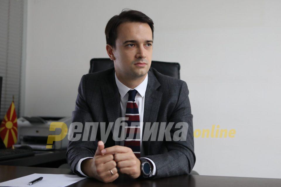 Нелоски: Шилегов вели дека сме во голема криза со короната, а СДСМ бара избори