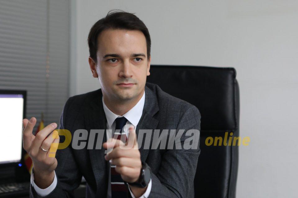 Нелоски: Пендаровски покажа слабост и немање конкретен став, очигледно дека притисокот од Заев е преголем