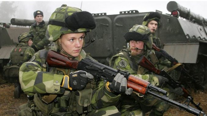 Зошто се вооружува земјата која не војувала 205 години?