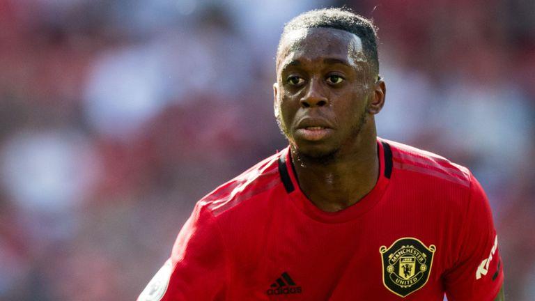 Проблеми за Манчестер Јунајтед, се повреди и Ван-Бисака