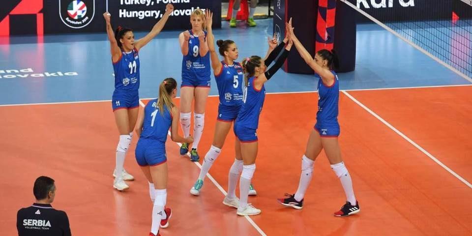 Србинките повторно се европски одбојкарски шампионки