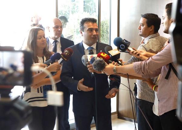 Заев: Лажги со опашки се изјавите дека Катица Јанева за 10 дена ќе оди во куќен притвор