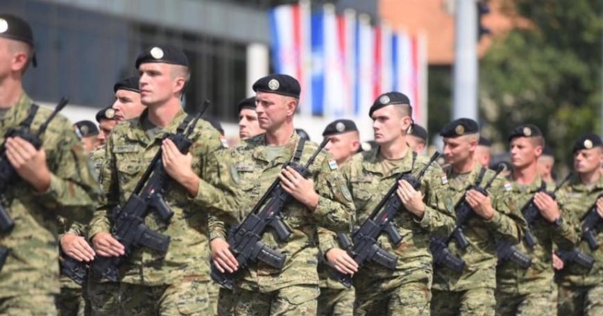Како дел од мисијата на НАТО: Црна Гора испраќа двајца војници во Ирак