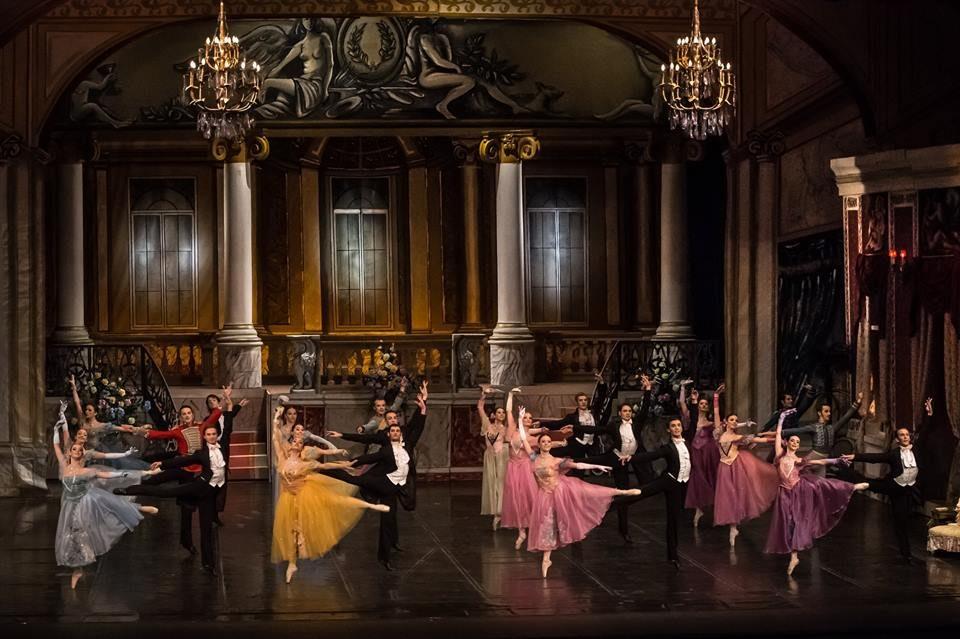 "Раскошната балетска претстава ""Дамата со камелии"" вечерва на сцената на Балетот"
