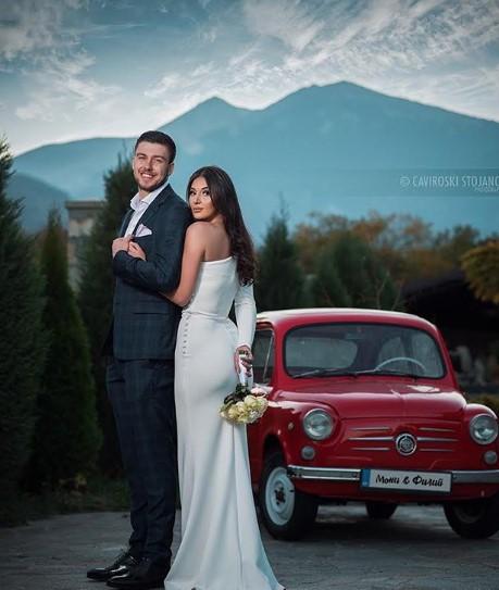 Ракометарот се ожени за својата љубов: Филип Кузмановски и Моника стапија во брак