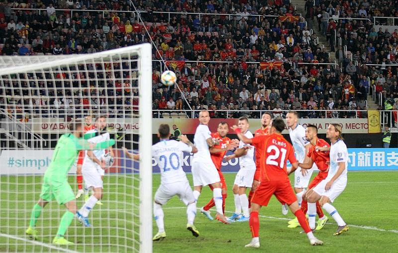 Жестока борба на стадионот во Скопје: Поништен гол за Македонија, па еден погодок