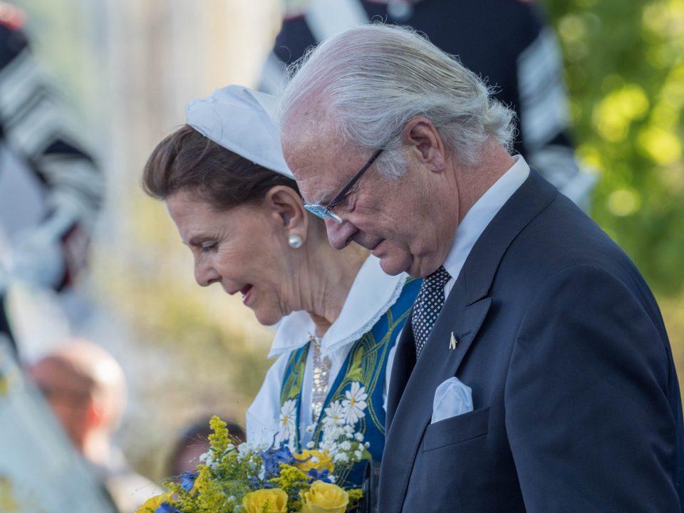 Шведскиот крал го укинува кралскиот статус за пет внуци, повеќе нема да добиваат пари до буџетот