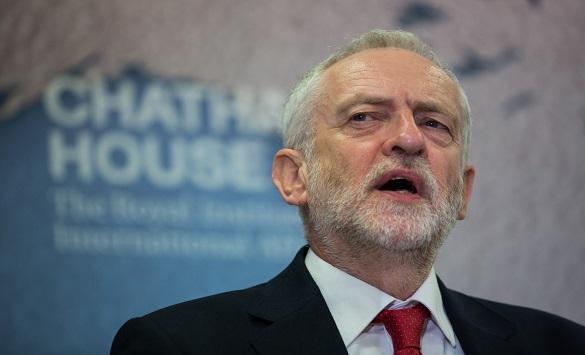 Почнува предизборниот хаос во Британија: Корбин вети експресно решавање на Брегзит