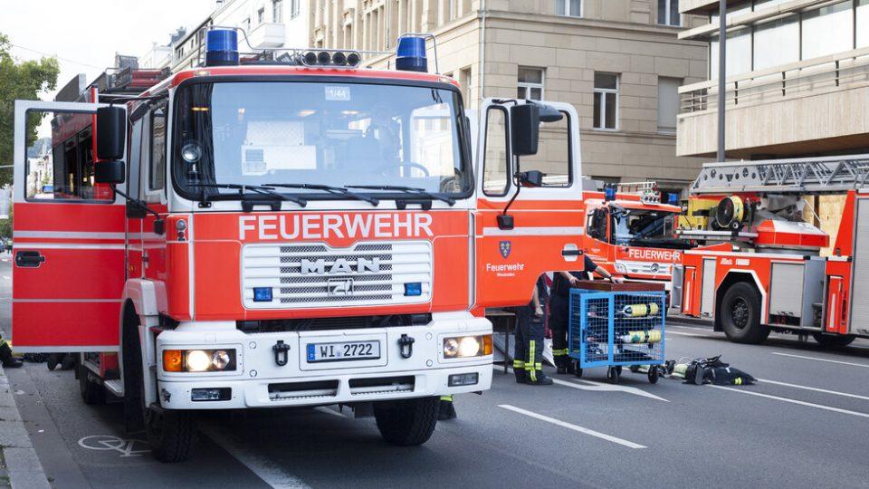 Гореше воз со навивачи во Берлин, има повредени