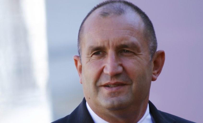 Бугарите незаинтересирани за гласање: Борисов и Радев повикаа на масовна излезност