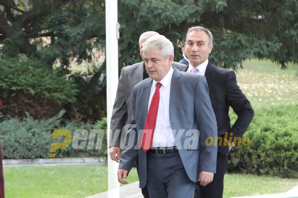 Бектеши: Ахмети има уште многу да ѝ даде на политиката