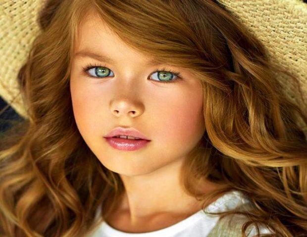 Најубавото девојче на светот има шест години и над 23 милиони следбеници на Инстаграм