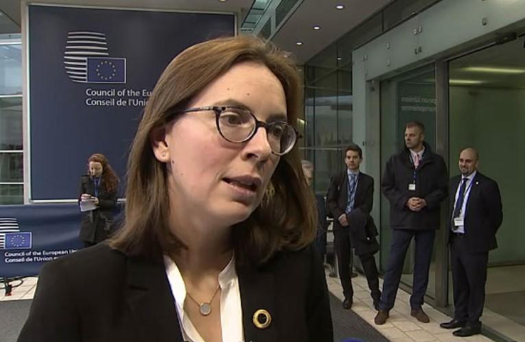 Амели де Моншалан: Ќе разговараме за реформа во процесот на преговори