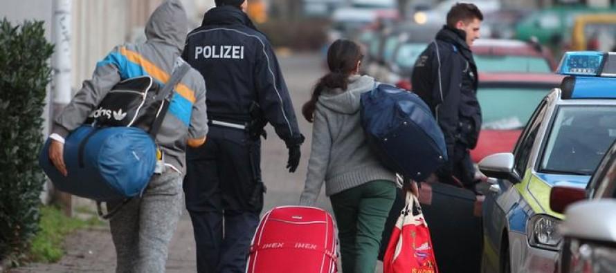 Албанците први по барања за азил во ЕУ
