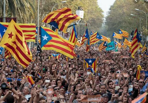 Жителите на Барселона се собираат на протест против пресудата на каталонските лидери