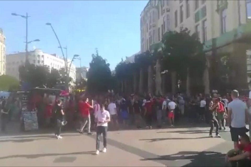 """""""Делиите"""" и навивачите на Олимпијакос го окупираа Белград"""