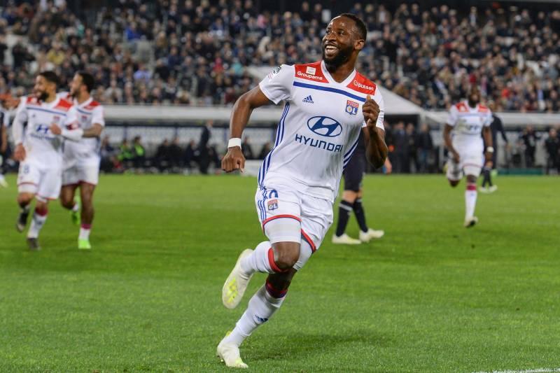 Манчестер јунајтед испрати скаути во Франција да го следат Дембеле