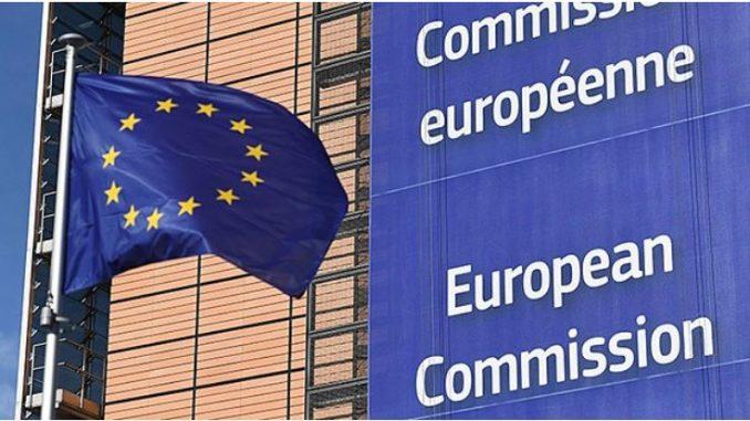 Еврокомисијата ја предупреди Италија поради нацрт-буџетот