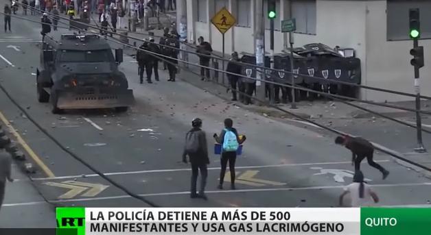 Во нереди уапсени 100 лица, претседателот ја повлекол владата од престолнината