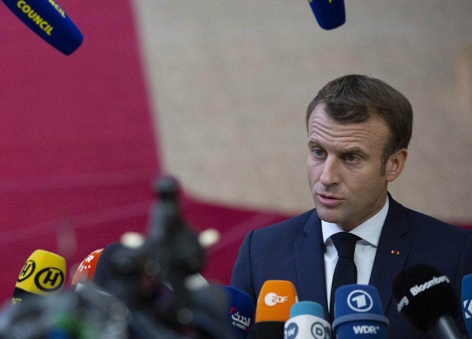 Макрон ја предупреди Русија поради Навални: Нема да дозволиме да се преминат црвените линии