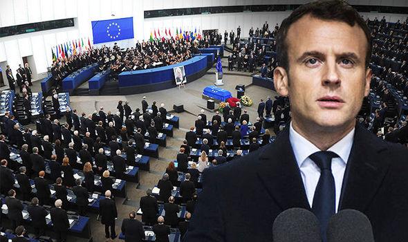 Се бара да се избрише дека Македонија била блокирана од Франција, Данска и Холандија