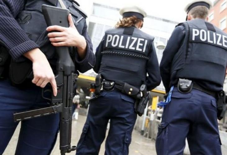 Рации во Германија поради закани за џамии, партии, бегалски центри и медиуми