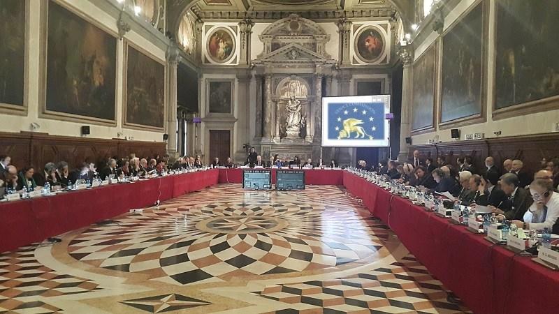 Милески: Венецијанска комисија го потврди насилничкото и неуставно носење на Законот за јазици