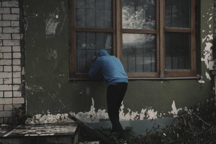 Фатен крадец кој со месеци оперирал низ Гостивар, најголем дел од предметите вратени на сопствениците