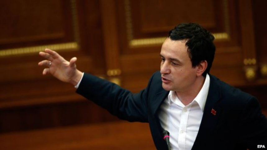 Никаде не пишувало во Уставот: Курти не сака да ги земе Србите во Владата