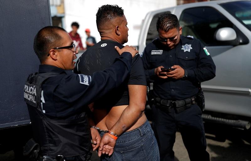 Најмалку 14 жртви во судир меѓу полицијата и наркокартел во Мексико
