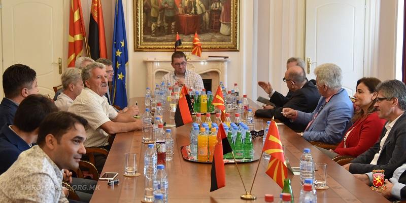 Коалицијата За подобра Македонија отсега ќе се вика Коалиција за обнова на Македонија