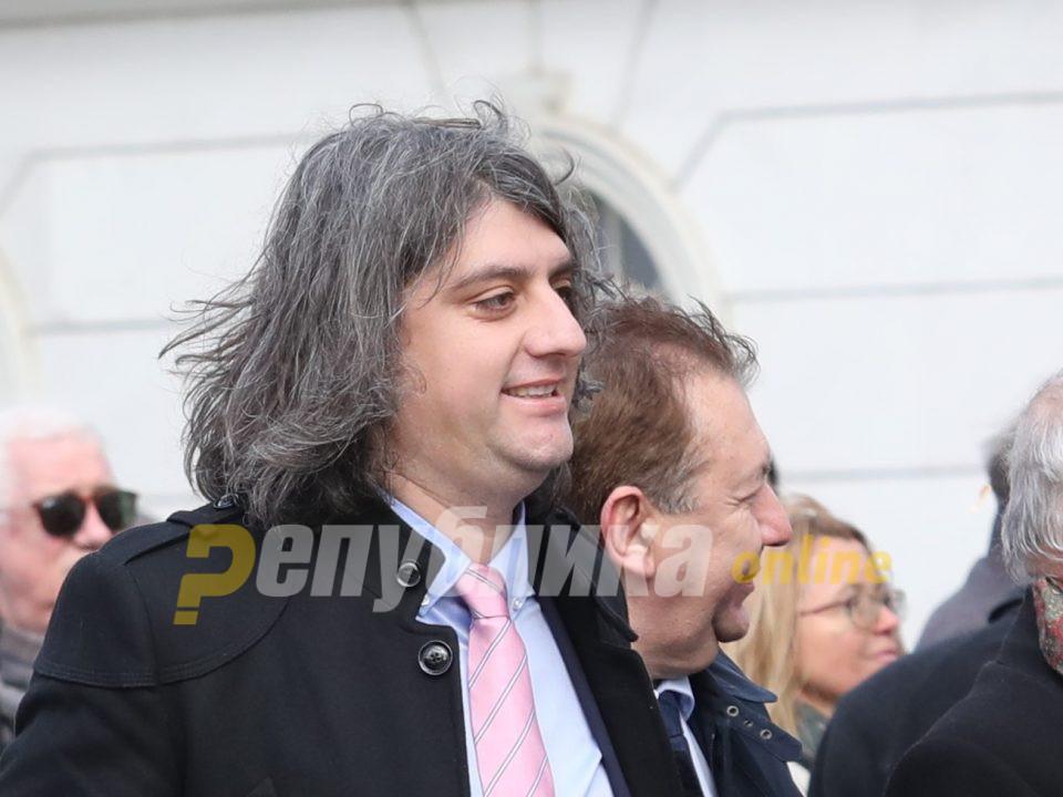 Зекири: Со една Изборна единица не губат Албанците, туку ДУИ