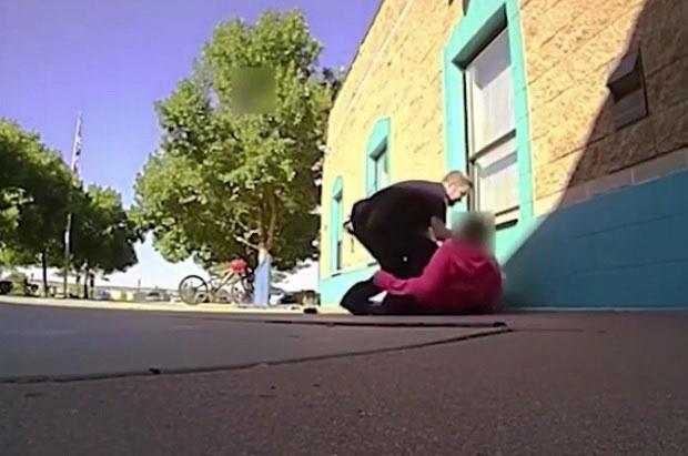 Полицаец претепа 11-годишно девојче бидејќи земала повеќе млеко