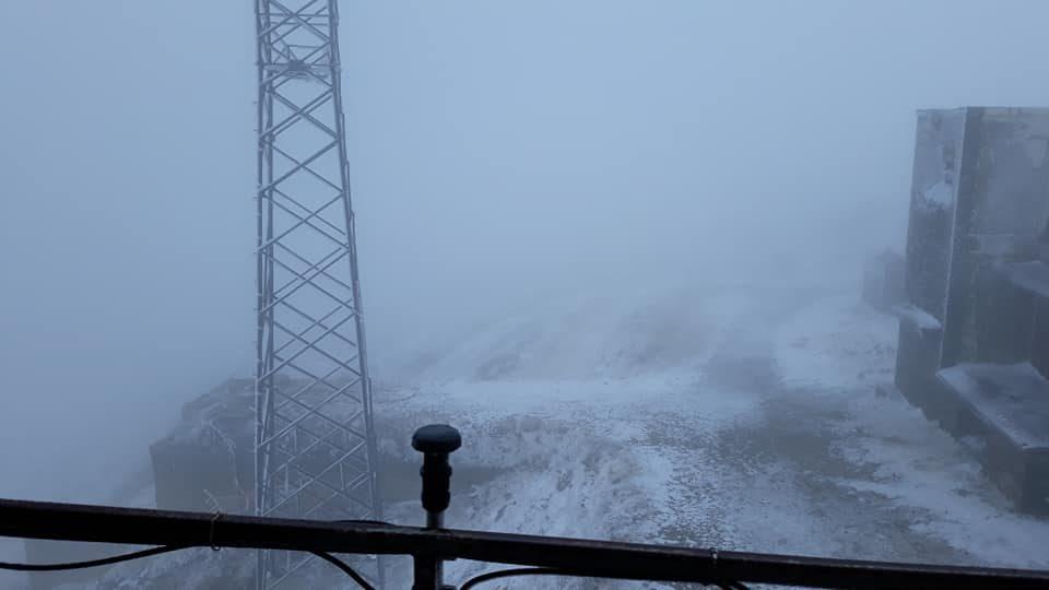 Падна снег на Пелистер