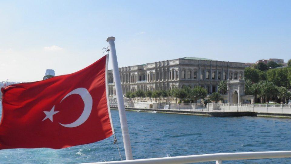 Во Турција загубени два милиона работни места поради коронавирусот