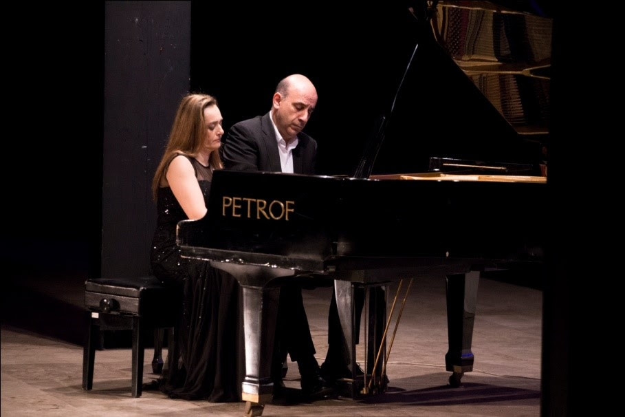 """Клавирското дуо Гелебешеви на отворањето на Фестивалот на камерна музика """"Златна лира"""""""