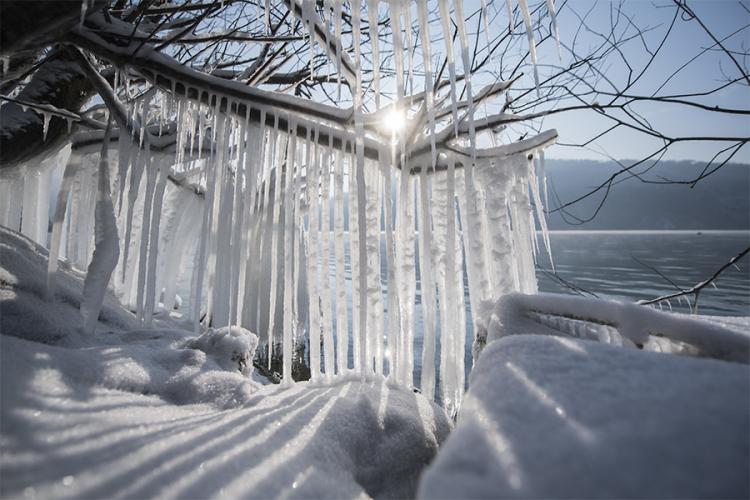 Во декември потопло од обично, а потоа најстудена зима во последните 8 години: Еве какво време ја чека Европа