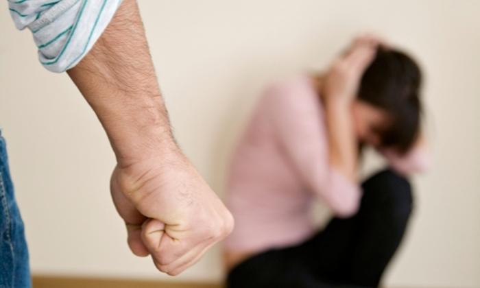 Кичевчанец физички нападнал малолетна девојка со која живеел