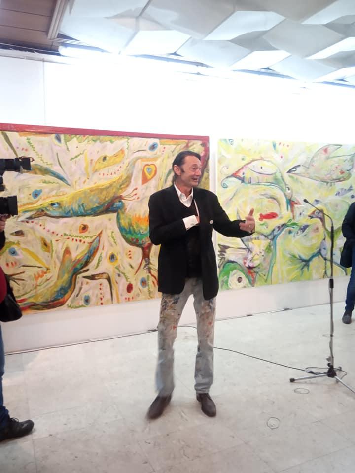 Изложбата на Масин неверојатно доживување: Синоќа во МАНУ летаа пердуви!