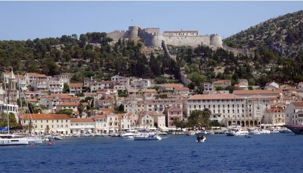 Хрватски експерт за климатски промени предупредува: Куќите во првиот ред до морето мора да се иселат