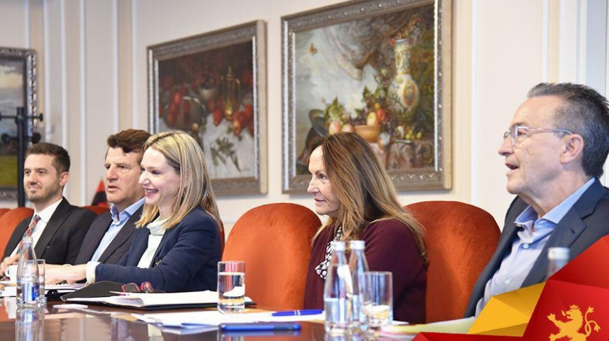 """Мицкоски на средба со """"Македонија 2025"""": Време е за реформи кои доаѓаат по изборите на 12 април"""