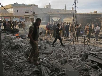 Автомобил-бомба разнесе осуммина во Сирија