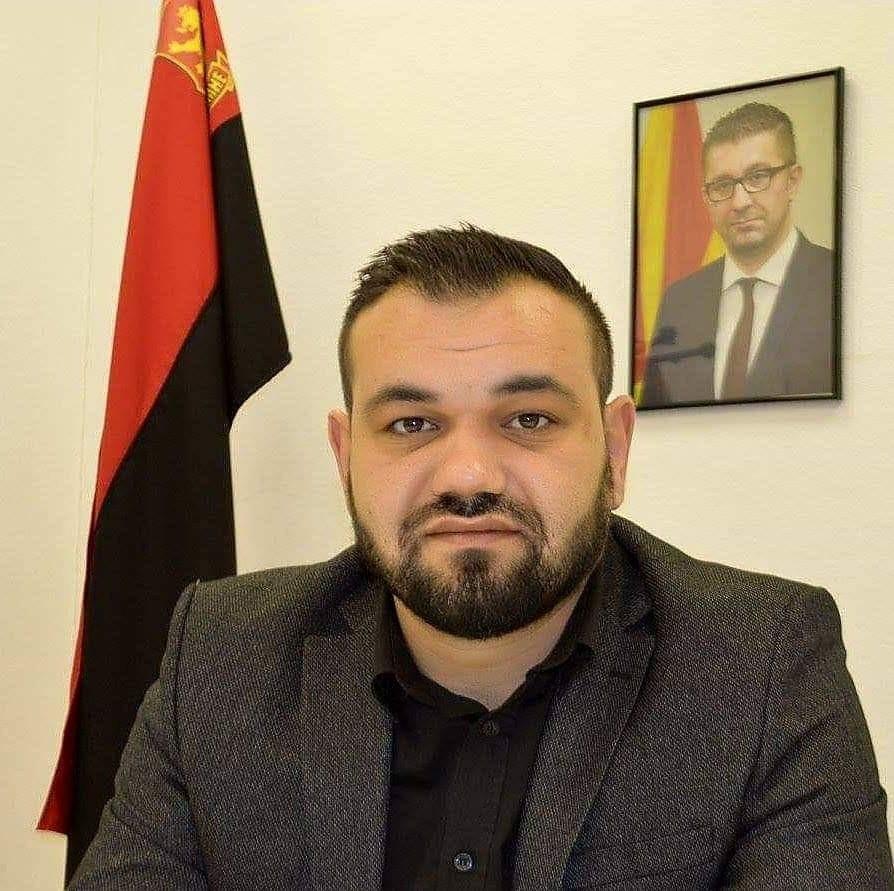 Градоначалникот кога стана премиер, со себе во Скопје поведе еден автобус луѓе од Струмица