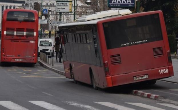 Шест патници и возачот повредени во автобус на ЈСП
