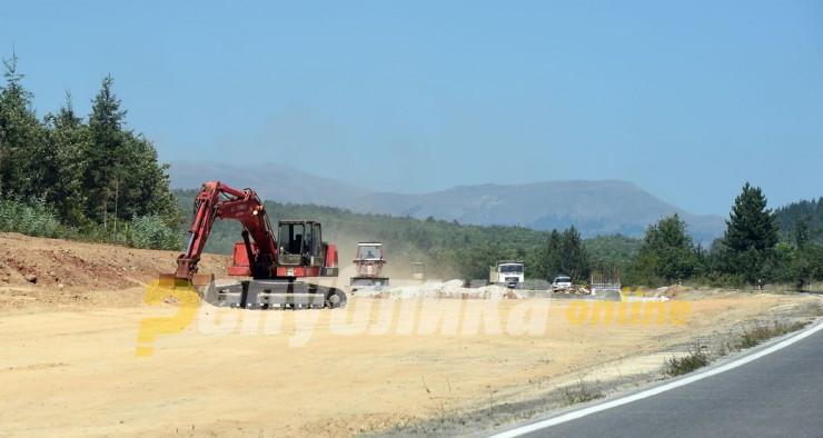 Утре прекин на сообраќајот на патот Кичево-Охрид, кај село Врбјани