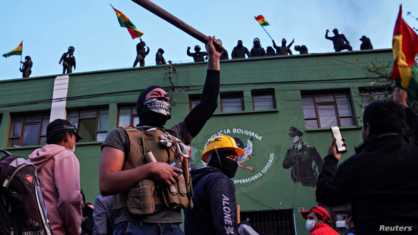 Моралес: Во тек е обид за државен преврат