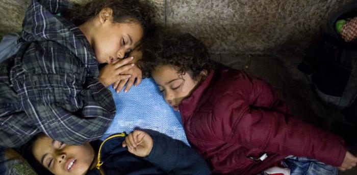 Седум милиони деца во светот живеат лишени од слобода